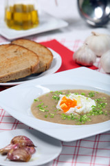 Garlic soup with poached egg