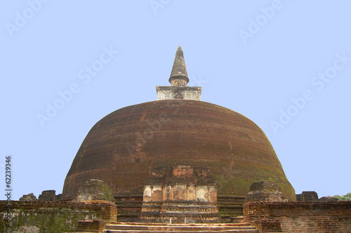 The rear of the Rankoth Vehera, the largest Buddhist stupa