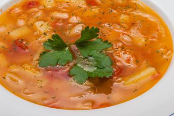 Zuppa di fagioli e prezzemolo, cucina italiana