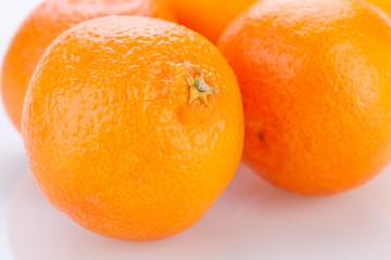 frische reife orange zitrusfrucht südfrucht gesund obst