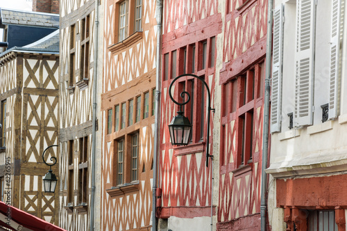 Orleans traditional houses