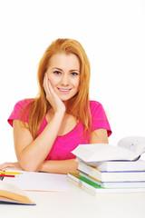 Hübsche Studentin am Schreibtisch
