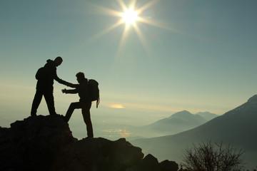 dağcı birlikteliği&yardımlaşma