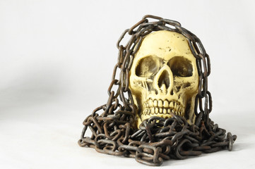 Skull and old Chains