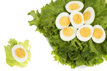 gekochte Eier mit Salat, Eigelb