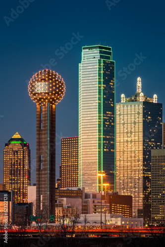 Staande foto Texas Dallas skyscrapers at sunset