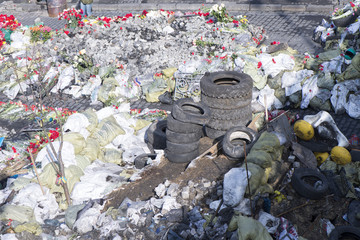 Flowers on the barricades of Kiev