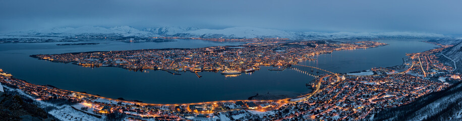 Panorama Tromso in Norway at night © Dziurek