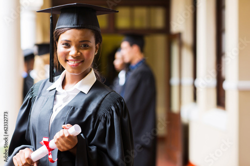 smart african university graduate - 62332773