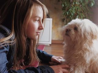 Bambina & cagnolino