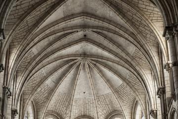 Kirchengewölbe Vezelay
