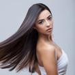 Leinwandbild Motiv Beautiful Brunette Girl with Healthy Long Hair