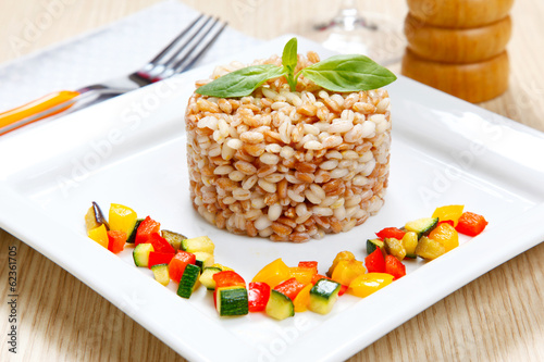 barley and emmer with vegetables