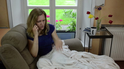 woman call phone and tell her impressions with emotions