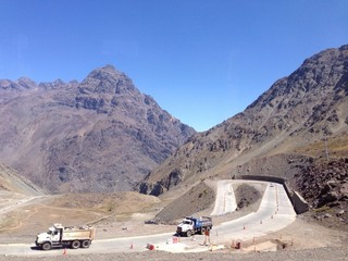 road work from chile to argentin