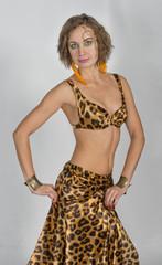 Russian  woman  like oriental  dance and  belly  dance