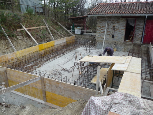 Construction of foundation works