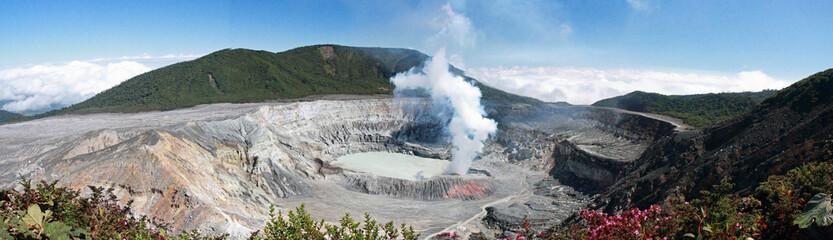 COSTA RICA Volcan Poas
