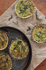 vegetarian tartellettes with leeks rocket on plate