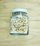 Crispy pearl barleys in bottle