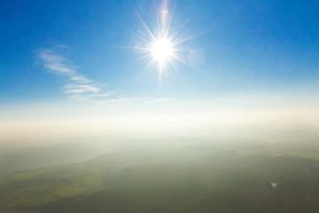 Luftaufnahme - Himmel und Sonne