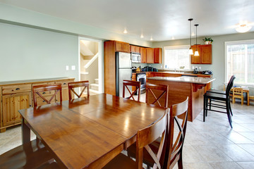 Kitchen and dining room area