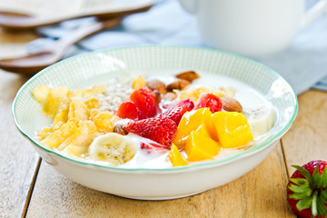 Yogurt with fresh fruits