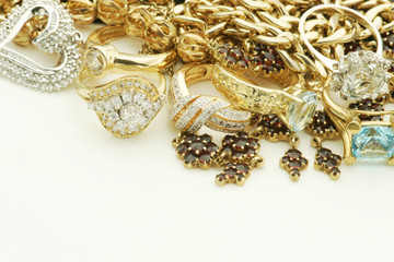 Vintage jewelry with gold and diamonds