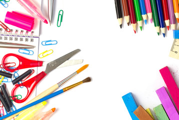 Schul/Büromaterial - buntes Sortiment