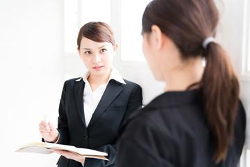 asian businesswomen meeting in the office
