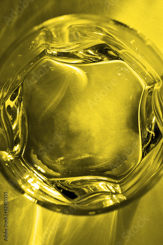 glass deep yellow