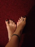 shiny painted toe nails