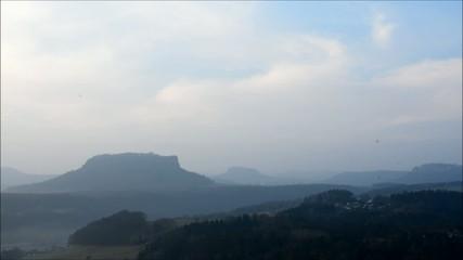 Morgendämmerung über der Sächsischen Schweiz