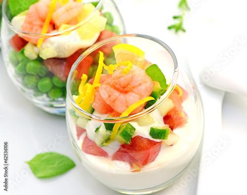 In de dag Buffet, Bar Bunter Scampi Salat