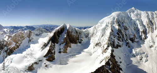 Mount Cook Alpine chain - New Zealand