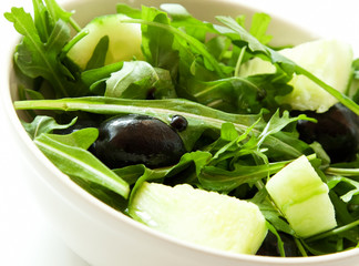 Fresh Salad with Arugula, Olives and Balsamic Vinegar