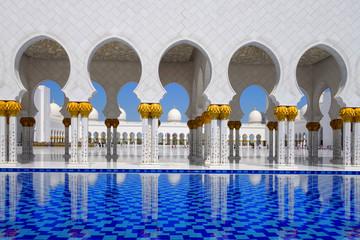 Meczet Sheikh Zayed, w środku E Abu Dhabi, Zjednoczone Emiraty Arabskie,