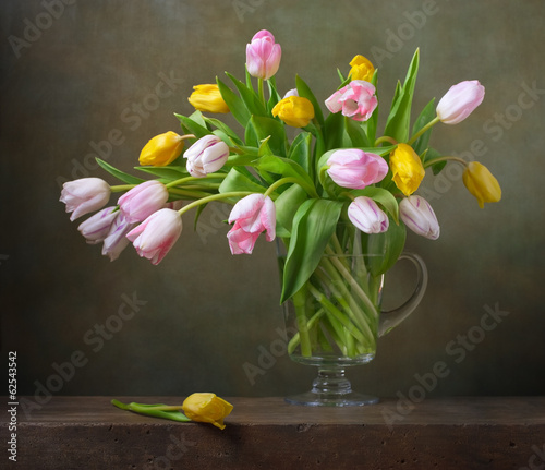 Foto op Canvas Tulp Still life with colorful tulips