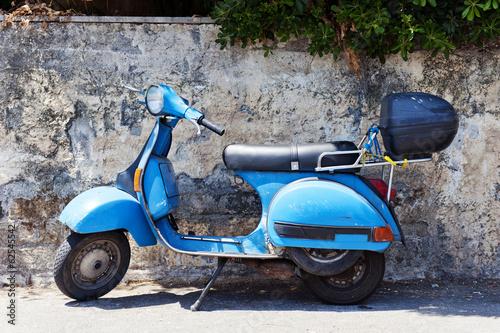 Vintage scooter - 62545542