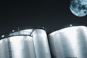 oil and fuel industry, full moon at night