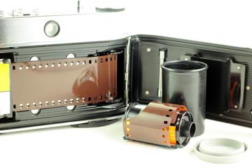 Vecchia fotocamera a pellicola