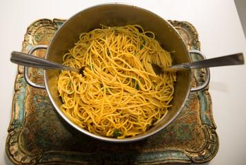 Spaghetti al Curry ed Aglio