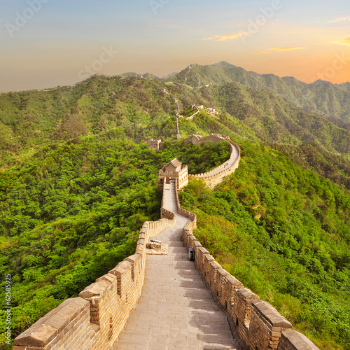 Poster Chinese Muur Great Wall of China during sunset