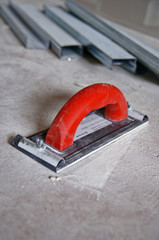 Special tool for grinding edges of plasterboards