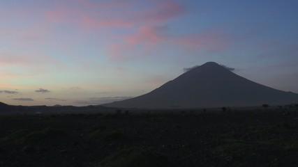 volcan sacré chez les masaïs