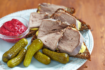 Sandwiches with pork tongue