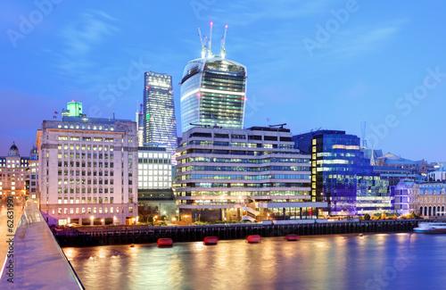 Fototapeta London Skylines at dusk England UK