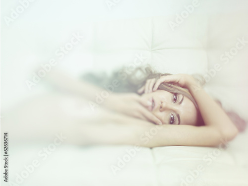 Foto op Plexiglas Akt Sensual woman in bed