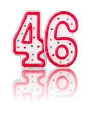 Rote Nummer 46 mit Reflexion