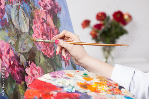 Painting a bunch of flowers